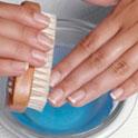 очищение ногтей